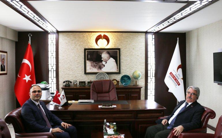 Konya Göç İdaresi Müdürü Zeki Afşin Buzcu Rektörümüz Prof. Dr. Cumhur Çökmüş'ü Makamında Ziyaret Etti