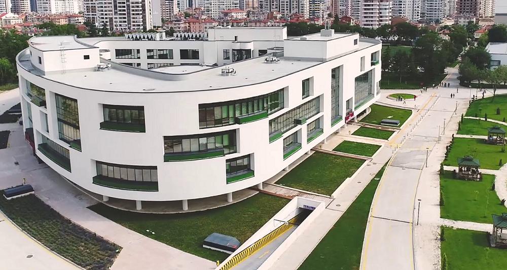 """7 Öğretim Üyemiz """"Türkiye'de En Çok Atıf Alan ve H-İndeksi En Yüksek 6.000 Akademisyen"""" Arasında Yer Alma Başarısını Gösterdi"""