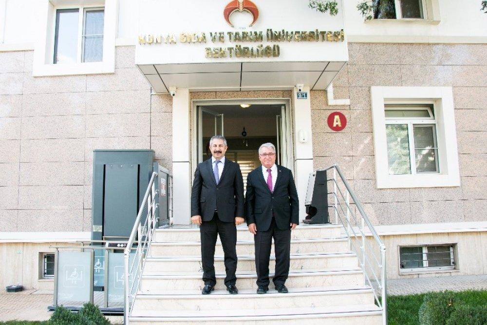 Konya İl Emniyet Müdürü Engin DİNÇ, Rektörümüz Prof. Dr. Cumhur ÇÖKMÜŞ'e İade-i Ziyarette Bulundu